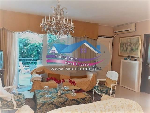 (For Sale) Residential Detached house || Athens South/Glyfada - 250 Sq.m, 5 Bedrooms, 550.000€